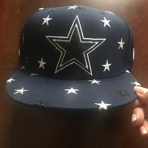 NWT Dallas Cowboys New Era Men's Star Scatter Cap